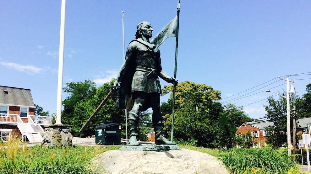 Huntington says Christopher Columbus statue here to stay ...