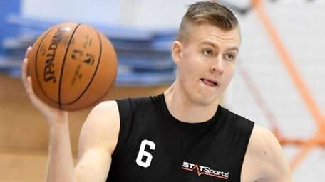 Kristaps Porzingis during Knicks training campin Greenburgh on