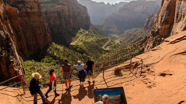 Hikers on the Canyon Overlook Trail in Zion