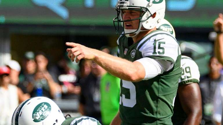 New York Jets quarterback Josh McCown during the