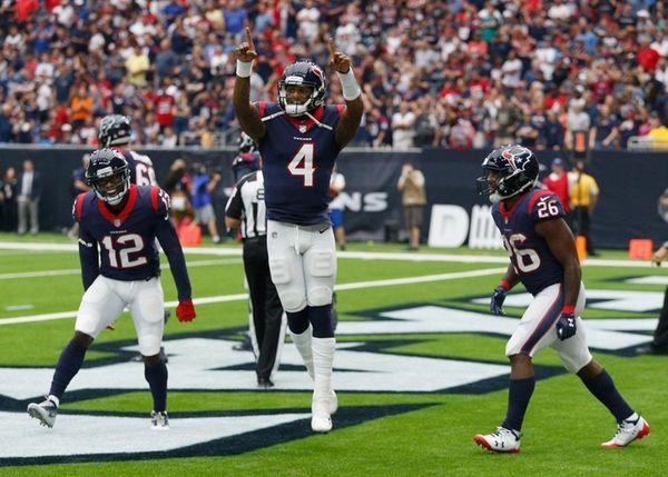 Deshaun Watson of the Texans celebrates with Bruce