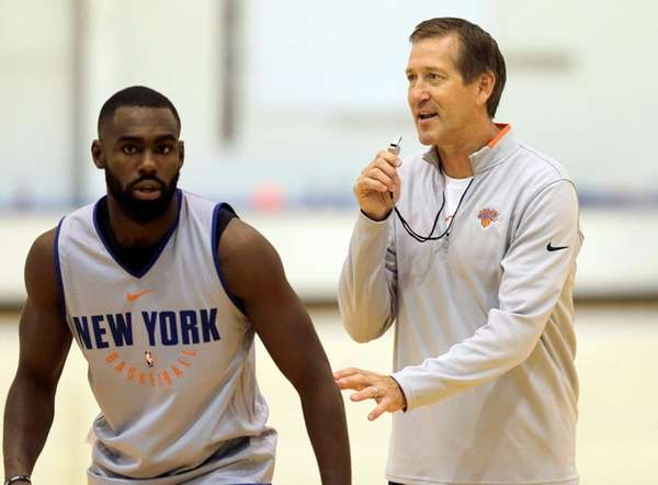 Knicks coachJeff Hornacek, right, and Tim Hardaway Jr.