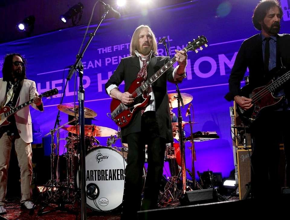 Tom Petty and the Heartbreakers perform onstage during