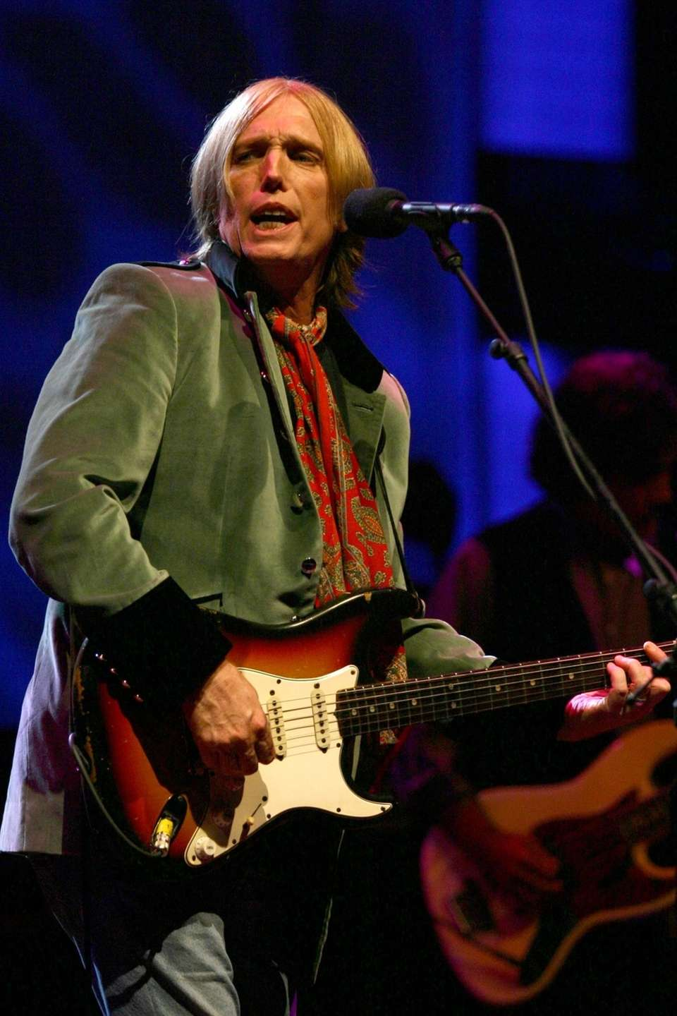 Tom Petty performs at Jones Beach on June