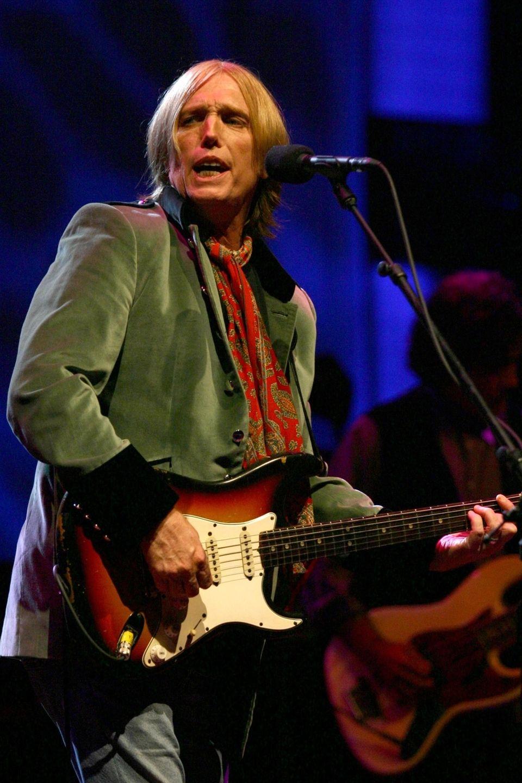 Tom Petty performs at Jones Beach on June