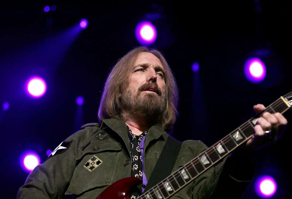 Tom Petty takes the stage at Madison Square