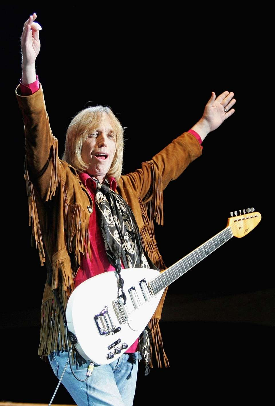 Tom Petty and the Heartbreakers perform at the
