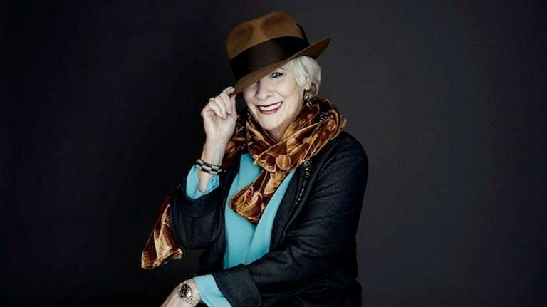 Betty Buckley brings her show