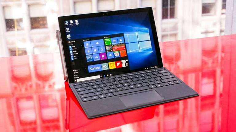 CNET has picked Microsoft Surface Pro 4 as
