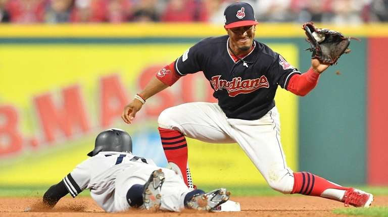 Francisco Lindor of the Cleveland Indians tags Ronald