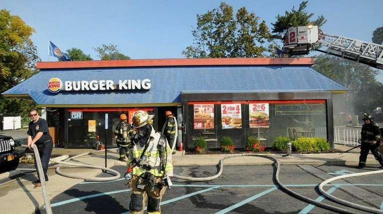 Firefighters respond to a Burger King on Jericho