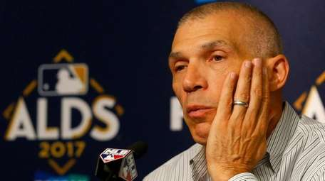 Manager Joe Girardi of the Yankees speaks to the