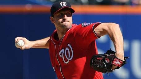 Nationals starting pitcher Max Scherzer delivers against the Mets