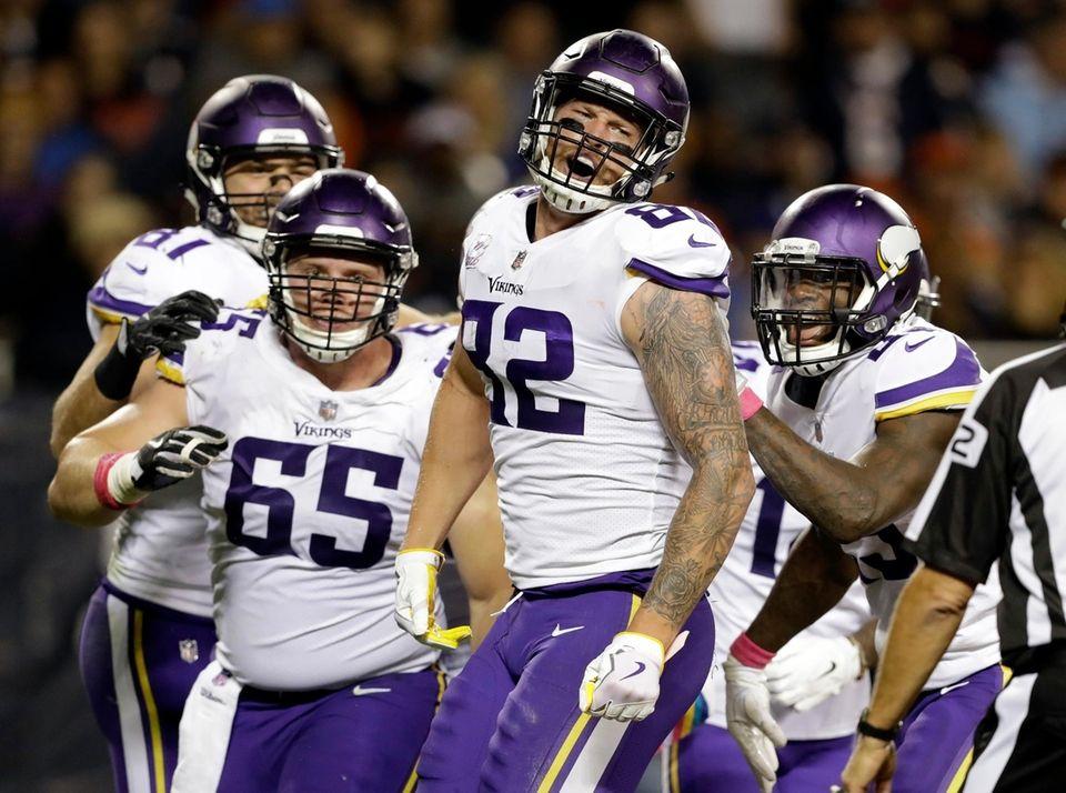 Minnesota Vikings tight end Kyle Rudolph celebrates a