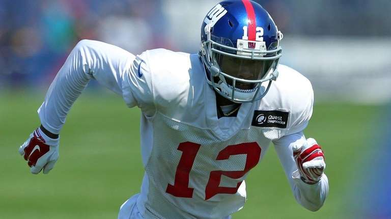 Giants wide receiver Tavarres King runs a special