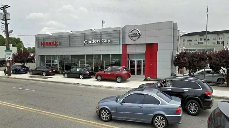 Nissan of Garden City, located in Hempstead, is