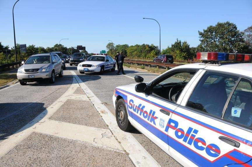 Police close off all lanes of the northbound