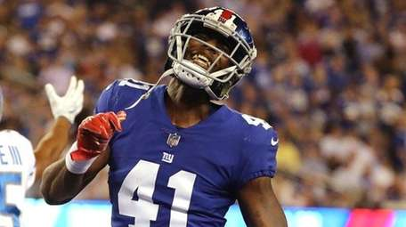 Dominique Rodgers-Cromartieof the New York Giants reacts against