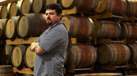 Edward Lovaas, a winemaker at Pindar Vinyards in