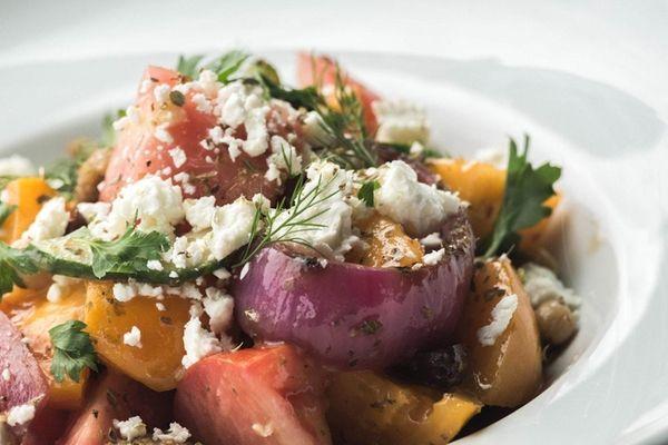Ara Greek Kitchen & Bar opens in Commack | Newsday