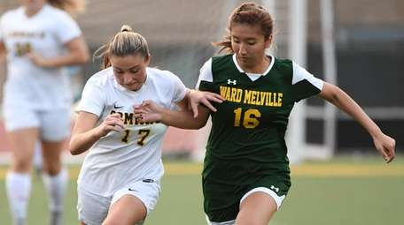 Ward Melville's Charlotte Lee and Commack's Katie Kelly