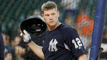 The Yankees' Chase Headley takes batting practice before