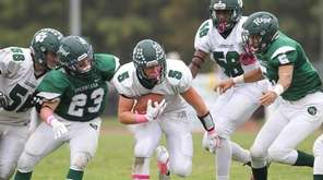 Rick Conway scored two touchdowns in Lindenhurst't victory