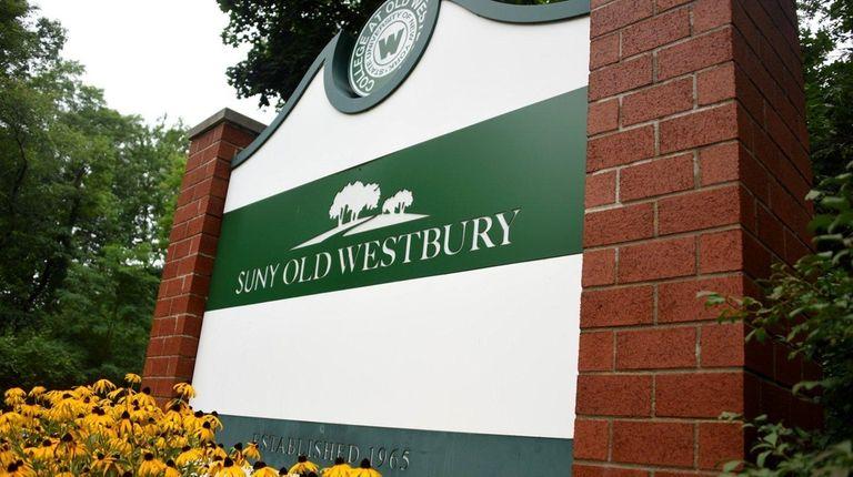 Entrance to SUNY Old Westbury, Friday, Aug. 18,