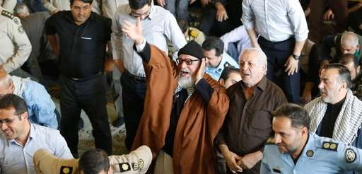 Iranian worshipers shout anti-US slogans during the weekly