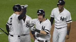 Riding the wave provided by Todd Frazier's three-run