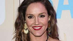 Erinn Hayes arrives at the Los Angeles premiere