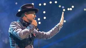 Gord Downie performs in Toronto on Oct. 19,
