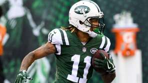 Jets wide receiver Robby Anderson heads upfield against
