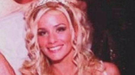 Nicole Elizabeth Hendrickson died after a long illness
