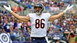Bears tight end Zach Miller celebrates after scoring