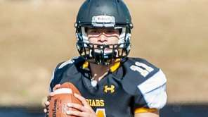 St. Anthony's quarterback Gregory Campisi during a game against Chaminade in