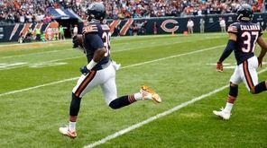 Chicago Bears free safety Eddie Jackson returns a