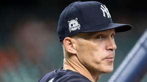 Yankees manager Joe Girardi during batting practice before