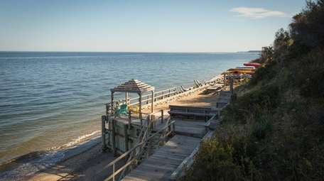 The Sound Beach Property Owners' Association offers access