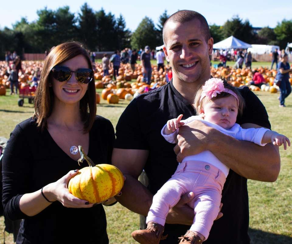 Family pumpkin picking!