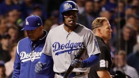 Curtis Granderson and manager Dave Roberts of the