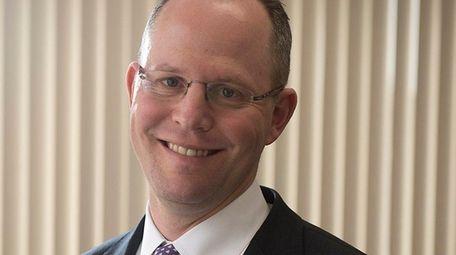 Bruce Schanzer, CEO of Cedar Realty Trust, in