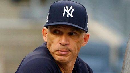 Joe Girardi at Yankees batting practice prior to