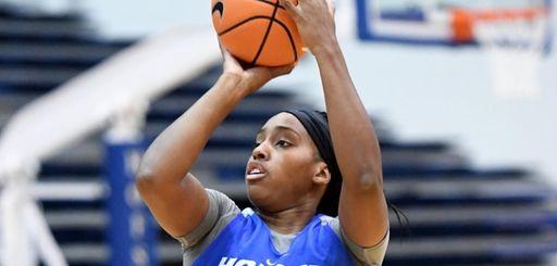 Ashunae Durant of Hofstra's women's basketball team shoots