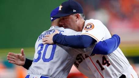 Dodgers managers Dave Roberts and Astros manager A.J.