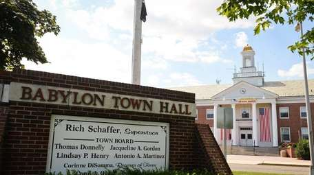 Babylon Town Hall.