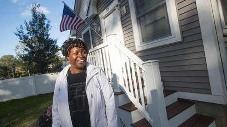 Youlanda Carey, a veteran and a Habitat for