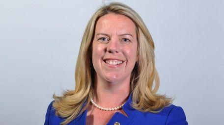 Kara Hahn, Democratic candidate for Suffolk County's 5th