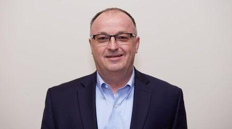 Robert Trotta, Republican candidate for Suffolk County's13th legislative