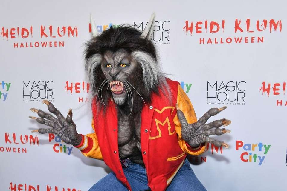 Heidi Klum was unrecognizable as Michael Jackson from